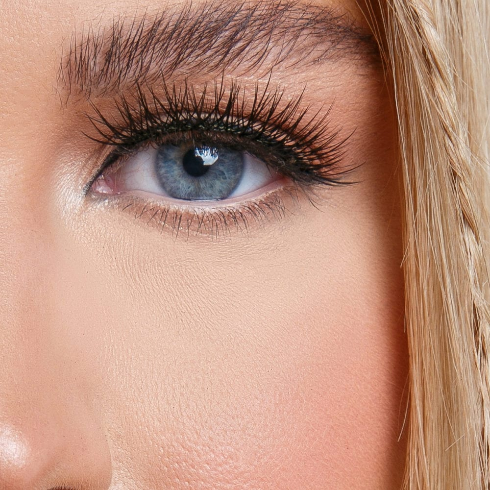 Candy Cane lashes close-up